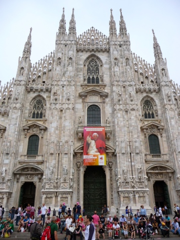 Frontal view of the Duomo