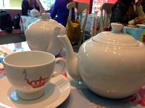 The tea arrives!